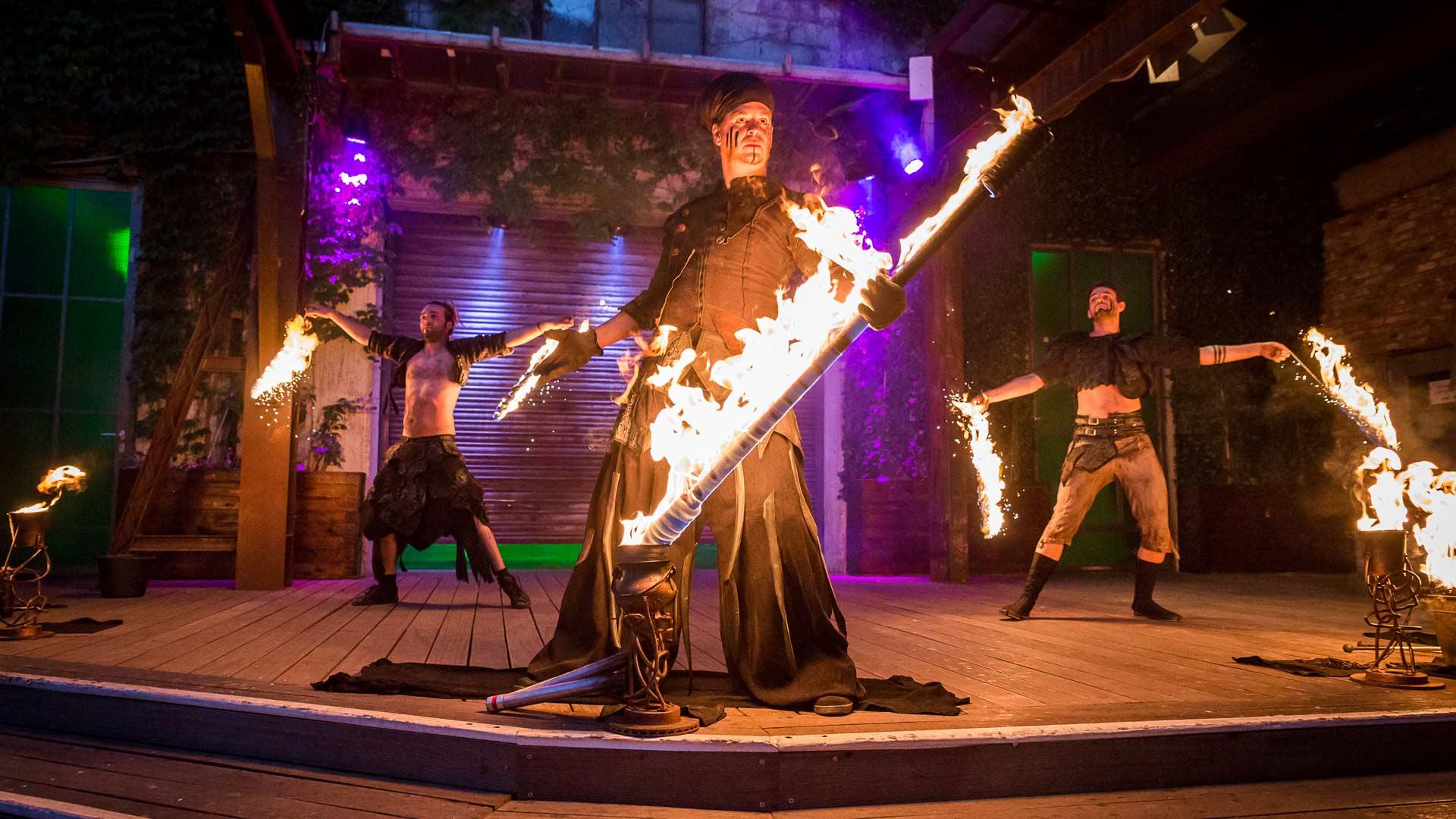 Foiah - die Walkacts und Show für Stadtfeste, Theaterfesivals