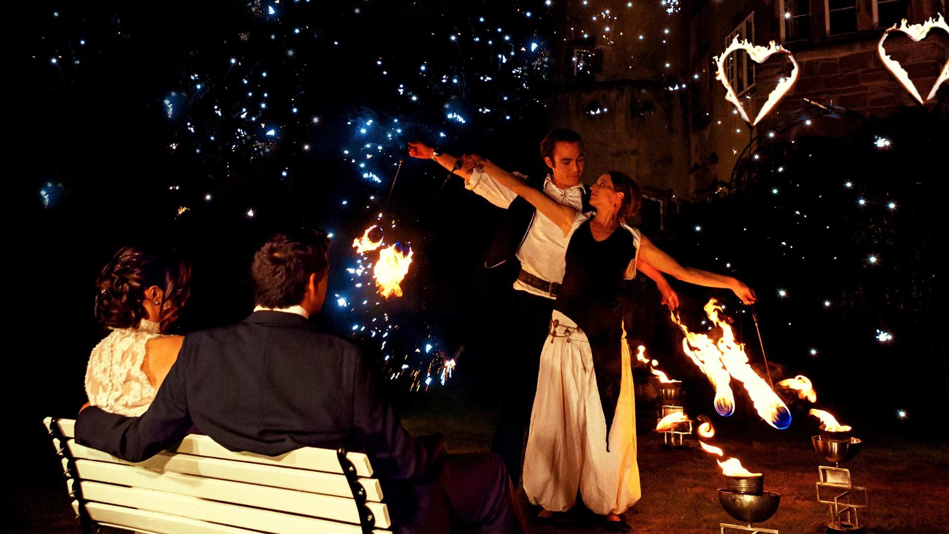 Liebesfunken - die Feuershow für Hochzeiten