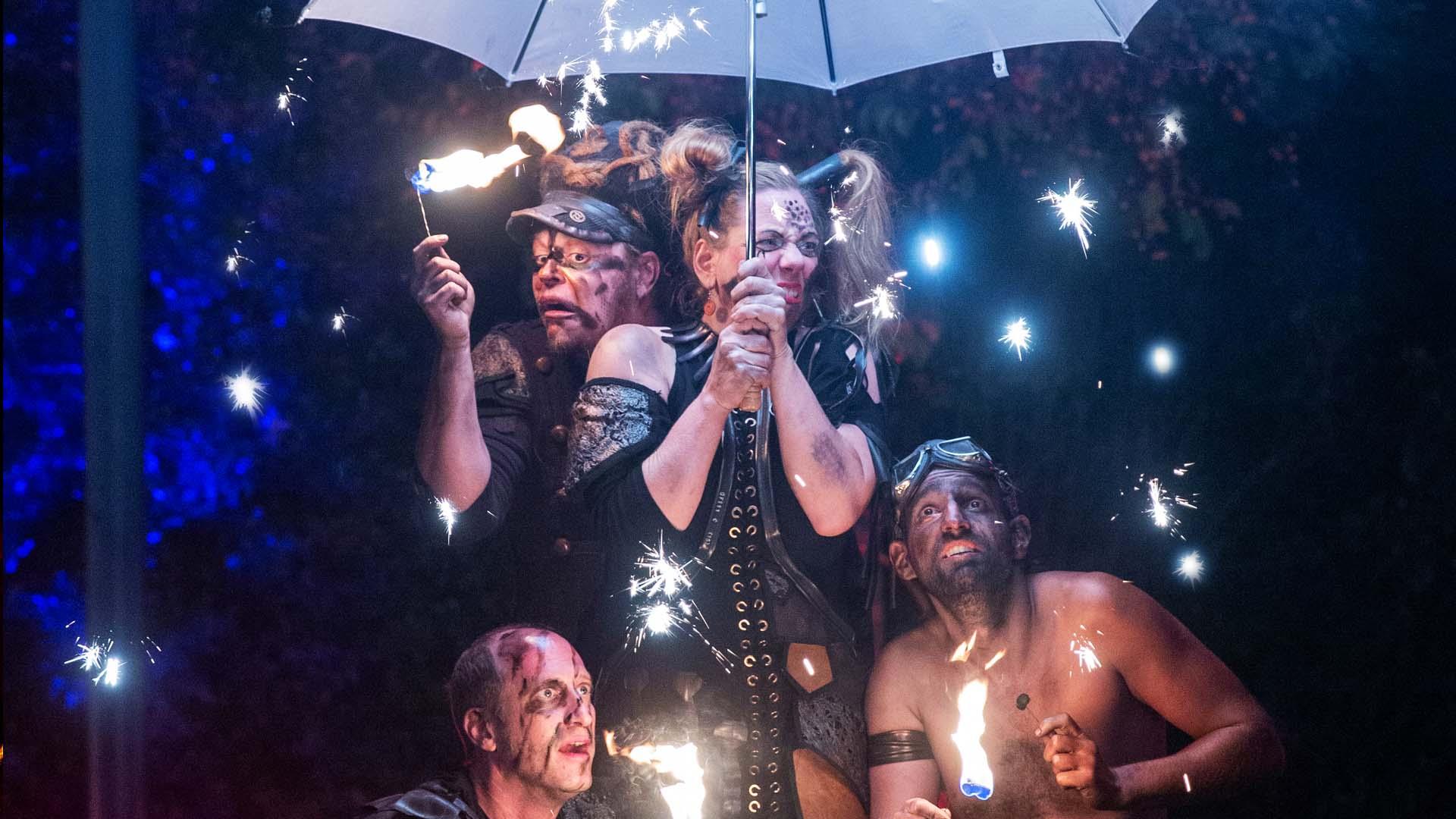 Foiah Feuershow in der Zoom Erlebniswelt in Gelsenkirchen, NRW