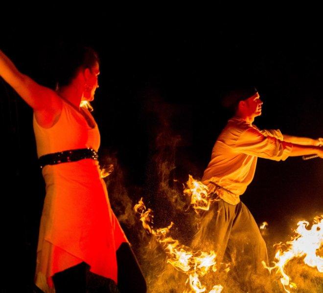 Choreo Brautpaar bei Feuershow in Solingen