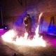 Feuerspur für tanzendes Paar