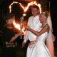 Brautpaar mit Feuerkünstlerin und Feuerherz